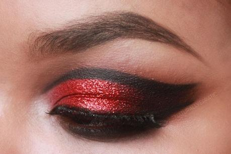 Makeup Dramatic Valentines Day With Red Glitter Paperblog