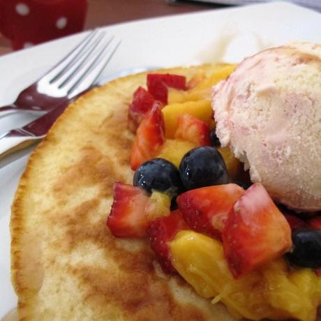 Pankcakes and fruit with icecream