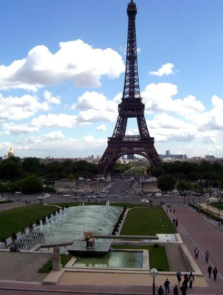 essays on paris in french My trip to paris essay in french илья.