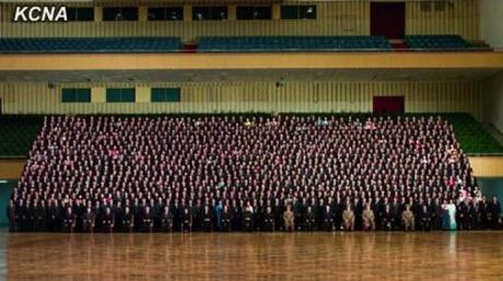 Commemorative photograph of Kim Jong Un and senior DPRK officials with participants at 4th Meeting of Korean Workers' Party Cell Secretaries (Photo: KCNA)