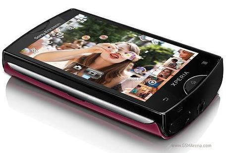 se-xperia-st15i-mini-gunsirit