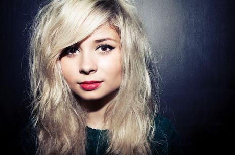 LISTEN UP: Nina Nesbitt, Get the Look
