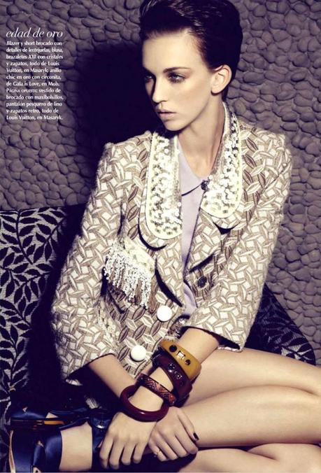 Emi Perry by Anairam for Vogue Mexico February 2013 3
