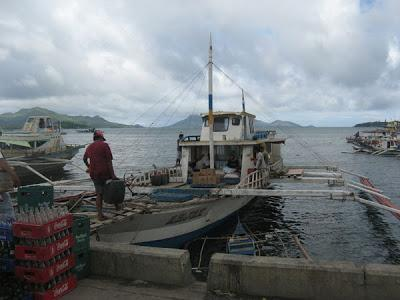 Going to and Eating in Islas de Gigantes