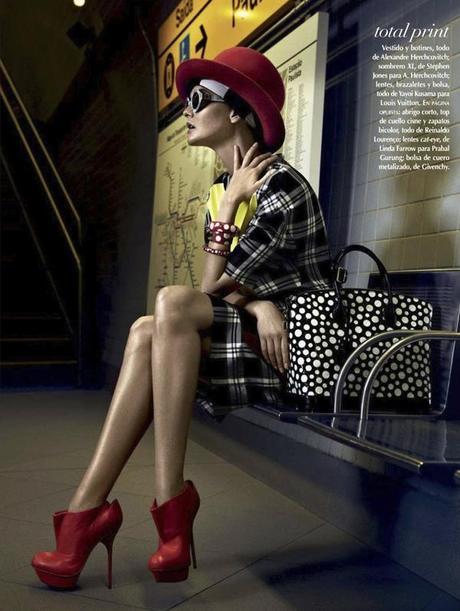Caroline Trentini by Fabio Bartelt for Vogue Mexico February 2013