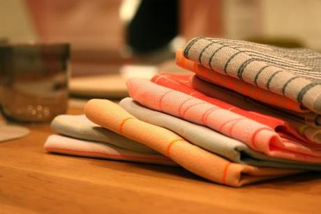 NookAndSea-Design-Within-Reach-DWR-Store-Grand-Opening-Costa-Mesa-California-South-Coast-Collection-Shopping-Plaza-SOCO-Party-Table-Linens-Towels-Dish-Stripes