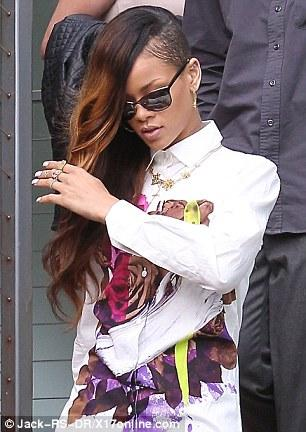 Celeb Style: Rihanna accompanied Chris Brown to court on...
