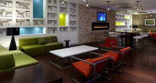 Lift-Bar_tbe_hotel_top_image