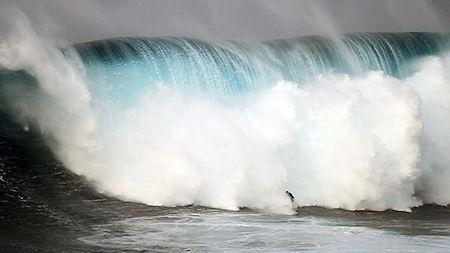 A Guinness Judge Explains How Record Waves Are Measured