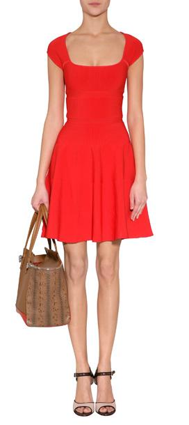 valentie's day outfits, valentine's day date outfits, what to wear for valentinte's day