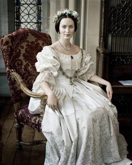 White Wedding Dress Queen Victoria: Queen Victoria's Wedding Dress