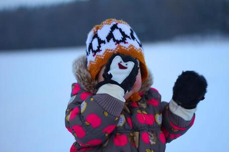 a penguin lover (penguin mittens DIY).hello there, we hav...