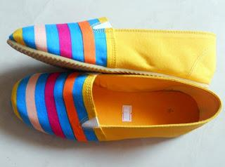 Get yourself a gorgeous pair of Espadrilles online