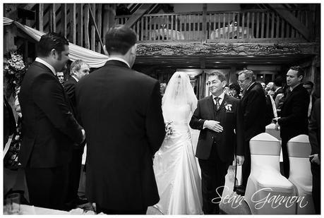 Tewin Bury Farm Wedding Phtographs Sean Gannon 012