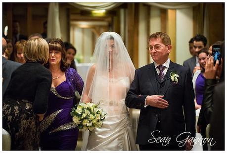 Tewin Bury Farm Wedding Phtographs Sean Gannon 013