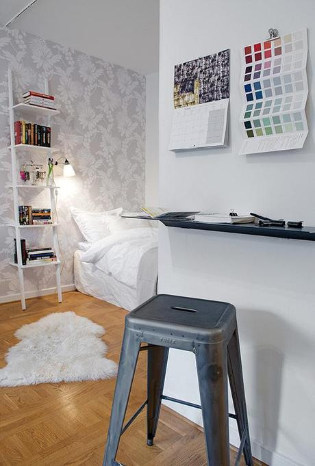 Small Swedish Apartment Exhibiting Charming Design Details - Paperblog