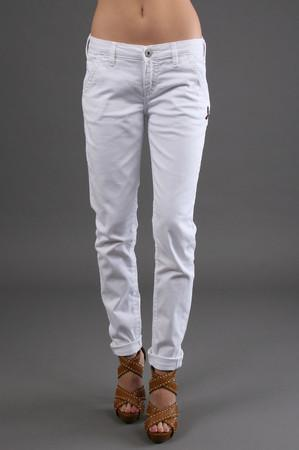 silv 010101480203white fnt The Only Pair Jeans you need Levis Jeans