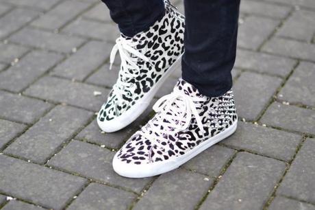 zara leopard ponyhair sneakers white
