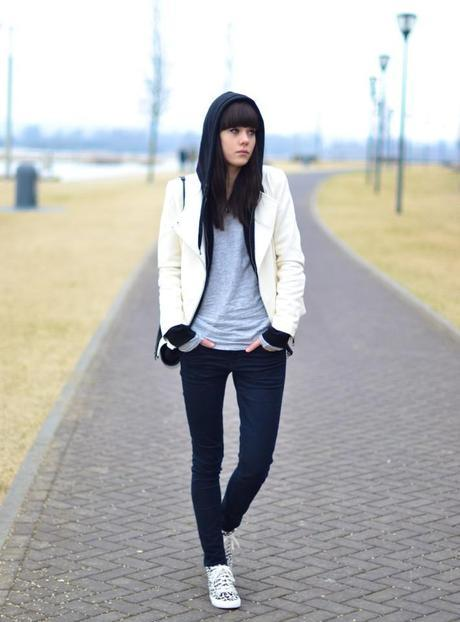 outfit zara white leather jacket leopard sneakers
