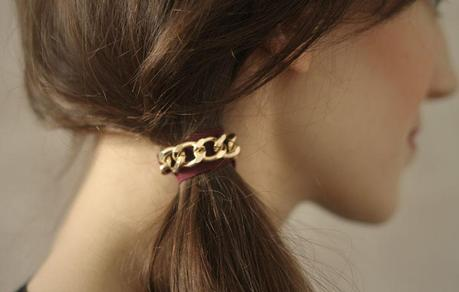 CHEfinalweb DIY // CHAIN HAIR TIE