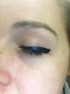 Cats eye, Meow Australis Curve Eyeliner