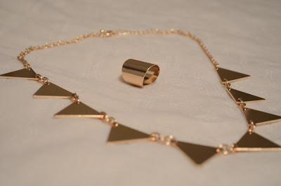 gold necklace, gold ring