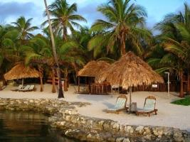 Belize - good conditions for kayaking, surfing and scuba diving