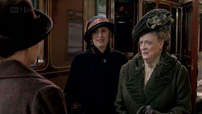 Dowager Countess, downton abbey recap, downton abbey jewelry, downton abbey christmas special