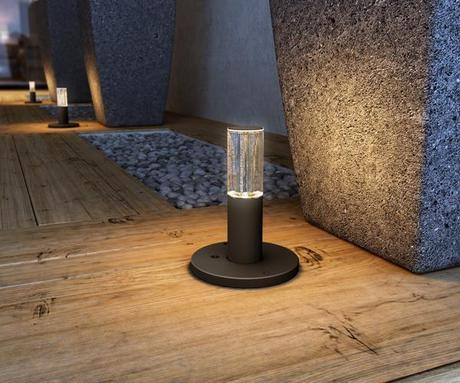 landscape design retractable solar lamps1 Improving your Landscape Design with Solar Lights that Pop Up! HomeSpirations