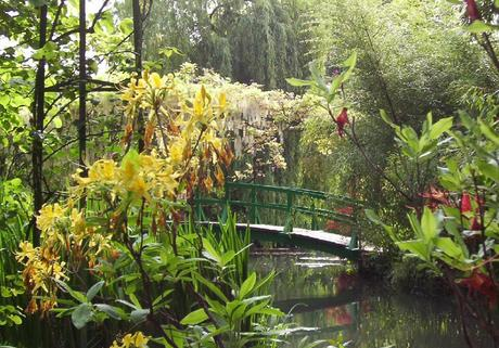 Water Lily Pond bridge - Giverny - France