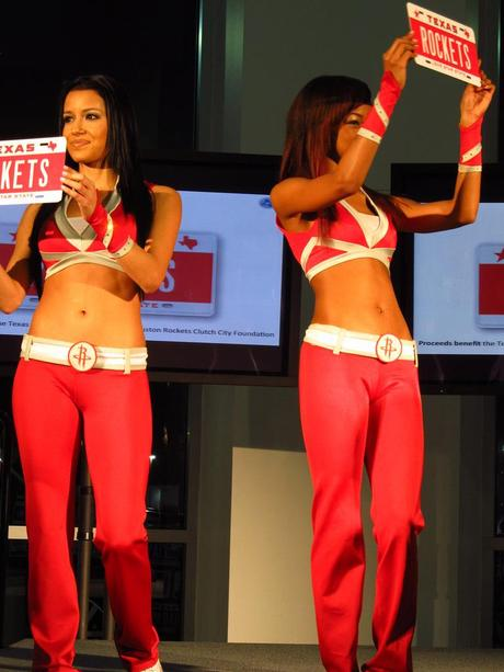Houston Rockets Cheerleaders Class Up An Auto Show