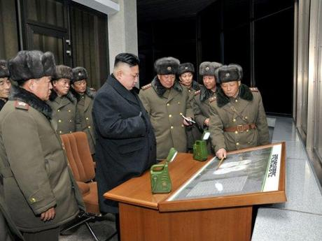 Kim Jong Un reviews planning for a live fire tactical artillery exercise conducted by KPA Unit #526 (Photo: Rodong Sinmun)