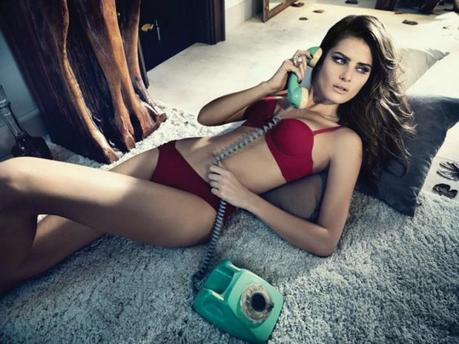 Isabeli Fontana for the winter 2013 campaign from Un.i Lingerie by Gustavo Zylbersztajn