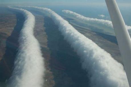 Tubular cloud photo by Mick Petroff