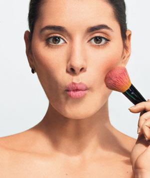 Throwback Saturday- Bobbi Brown's Tips on Blush!
