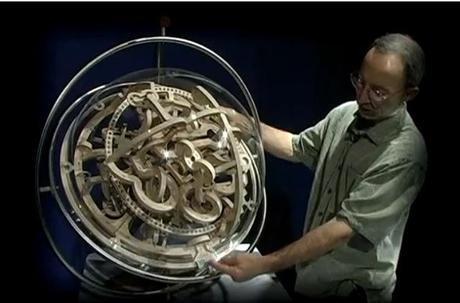 Wondrous 'Superplexus Circles' 3D structure puzzle game