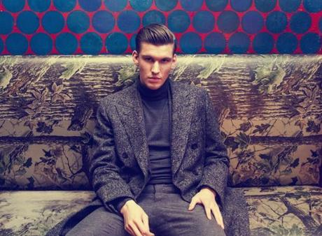 Willy Moon 1 620x456 WILLY MOON PLAYED PIANOS [PHOTOS]