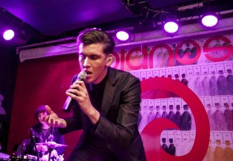 Willy Moon 21 620x429 WILLY MOON PLAYED PIANOS [PHOTOS]