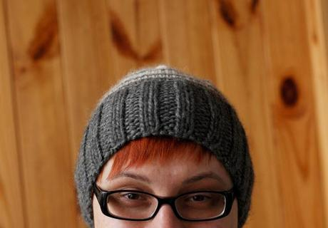 Grey and White Knit Hat | Free Pattern