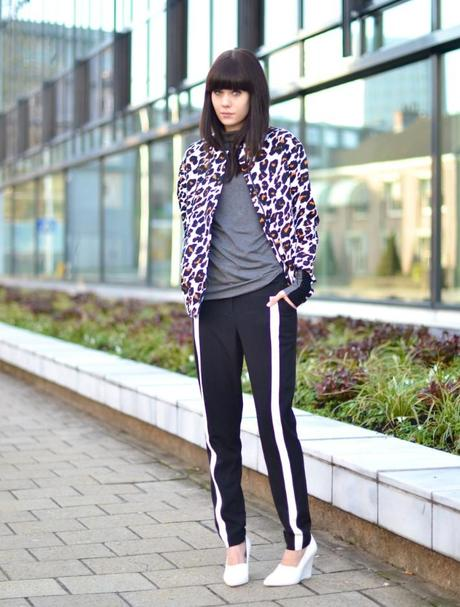 outfit h&m trend bright leopard jacket track pants