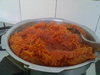Carrot Halwa -Gajar Halwa/Gajerela in a Jiffy and a Tried and tested Short Cut