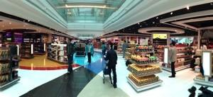 Emirates_Airlines_Dubai_Airport11