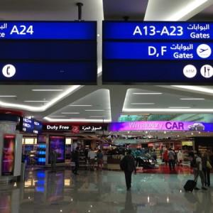 Emirates_Airlines_Dubai_Airport2