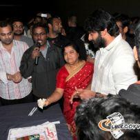 thumbs prabhas in usa mirchi tour photos pics 25 Mirchi USA Success Tour: Prabhas In LA   Photos