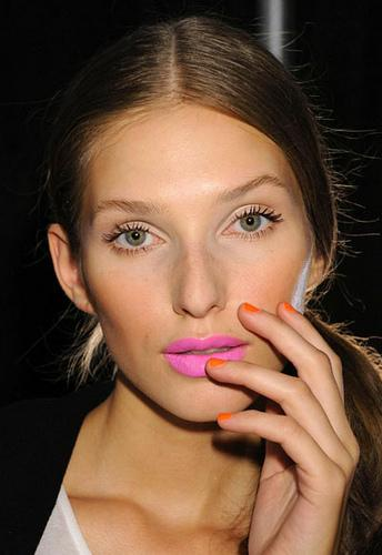 Hot Makeup Looks for Spring/Summer 2013