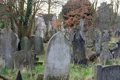 Ladywell Cemetery, motor buses and 'the Black Death'