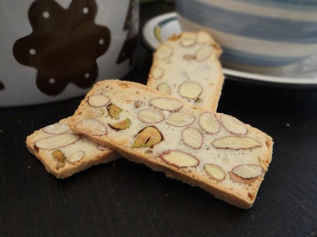 Nutty Biscuit Slices {Daring Bakers}