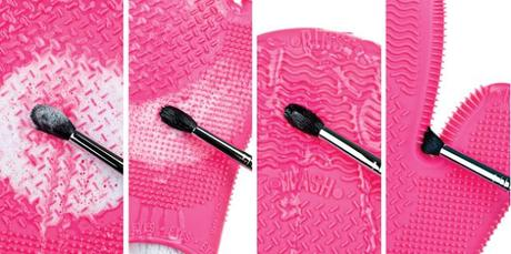 Sigma Spa Brush Cleaning Glove..??