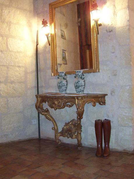 Château de la Bourdaisière Castle - hallway mirrror with riding boots -  Loire Valley - France