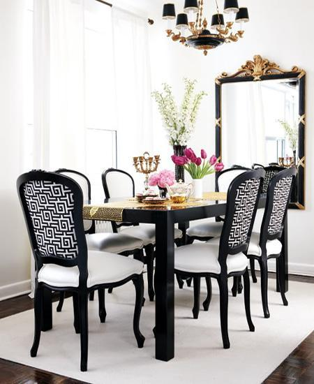 decor black and white rooms4 Be Bold and Daring: Decorate with Black and White HomeSpirations